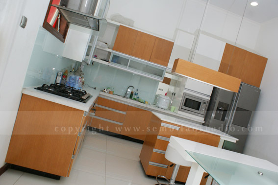 desain minimalis interior pantry