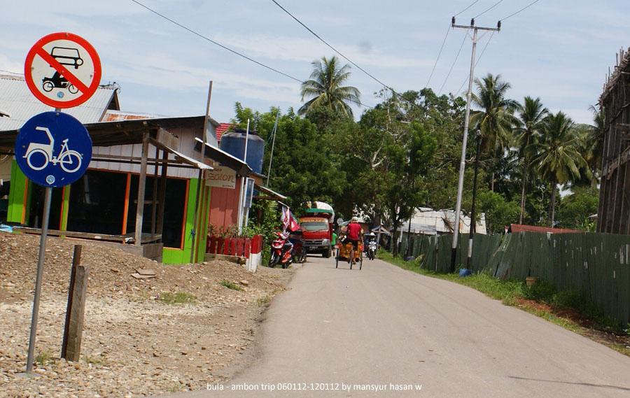 Jalan dalam kota Bula, Seram Bagia Timur