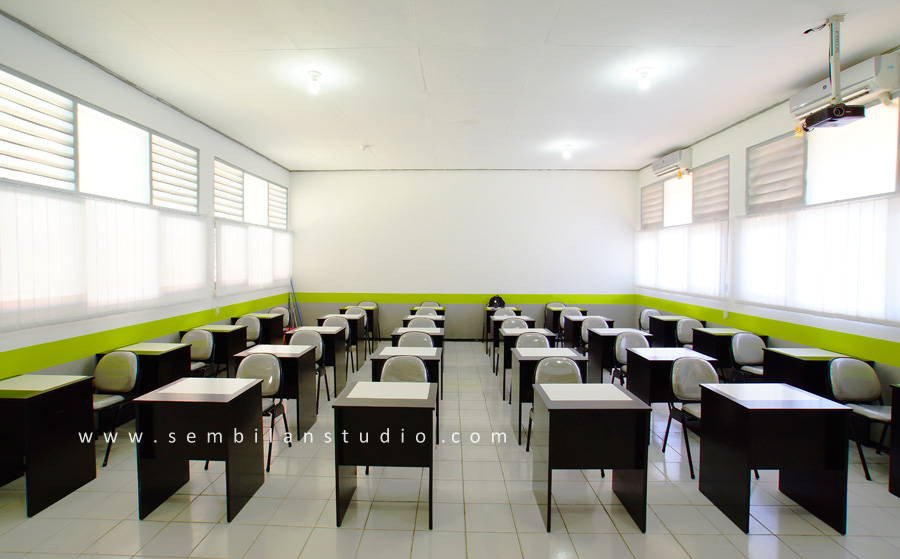 international standart classroom photo by mansyur hasan w