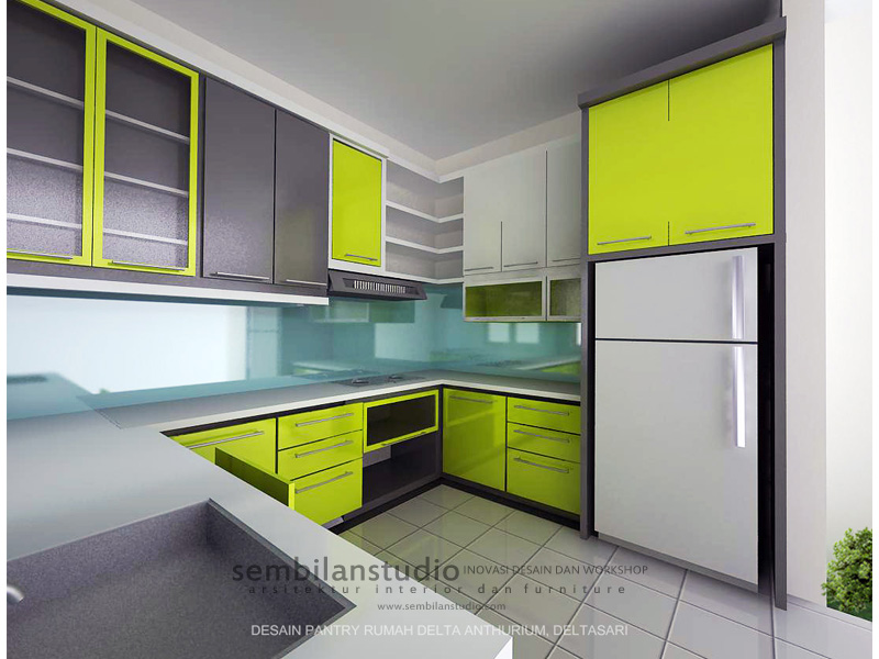 dapur minimalis dengan warna cerah dan aksentuasi